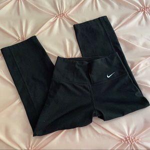 EEUC Girls Nike Yoga Pants   Size XSMALL